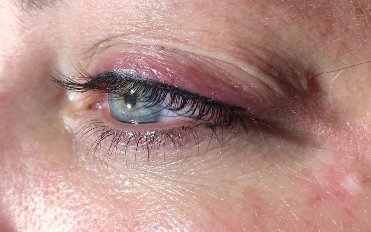 Permanente makeup eyeliner
